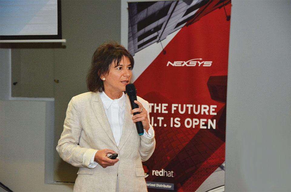 Carla Marcelli, Gerente Comercial de Territorio para Red Hat