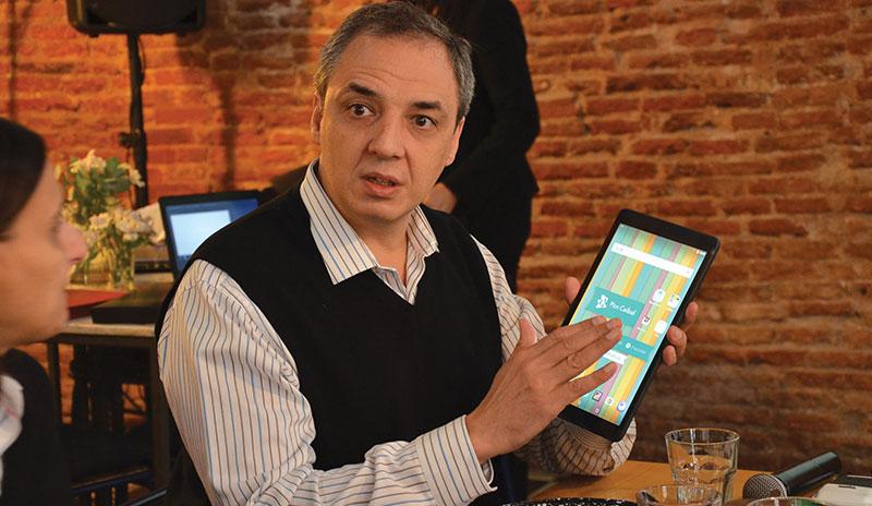 Ariel Orzejovsky, Country Manager de Alcatel para Uruguay