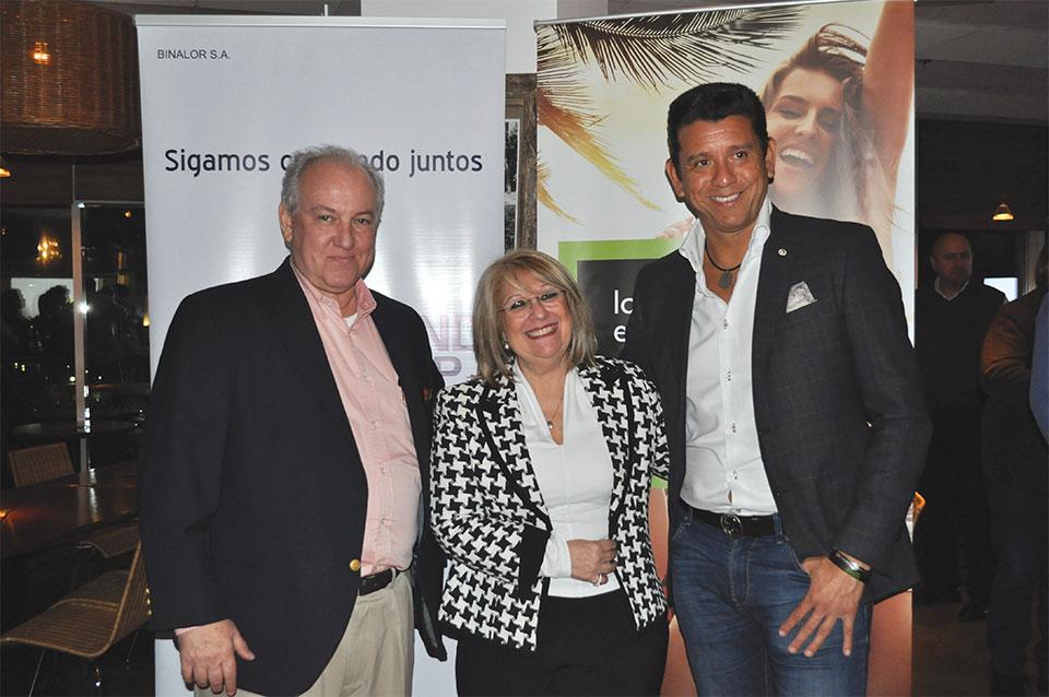 Luis Ribeiro y Miriam Moreira de Lerand Group junto a Leonardo Iyescas,  Gerente Regional de Kilp Xtreme para América Latina