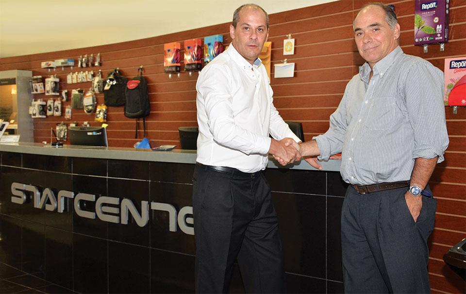 Pablo García de AOC y Eduardo Hill de Starcenter