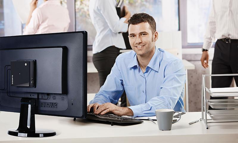 PC Brix tiene distintos usos, entre los más destacados se encuentran: PC de escritorio