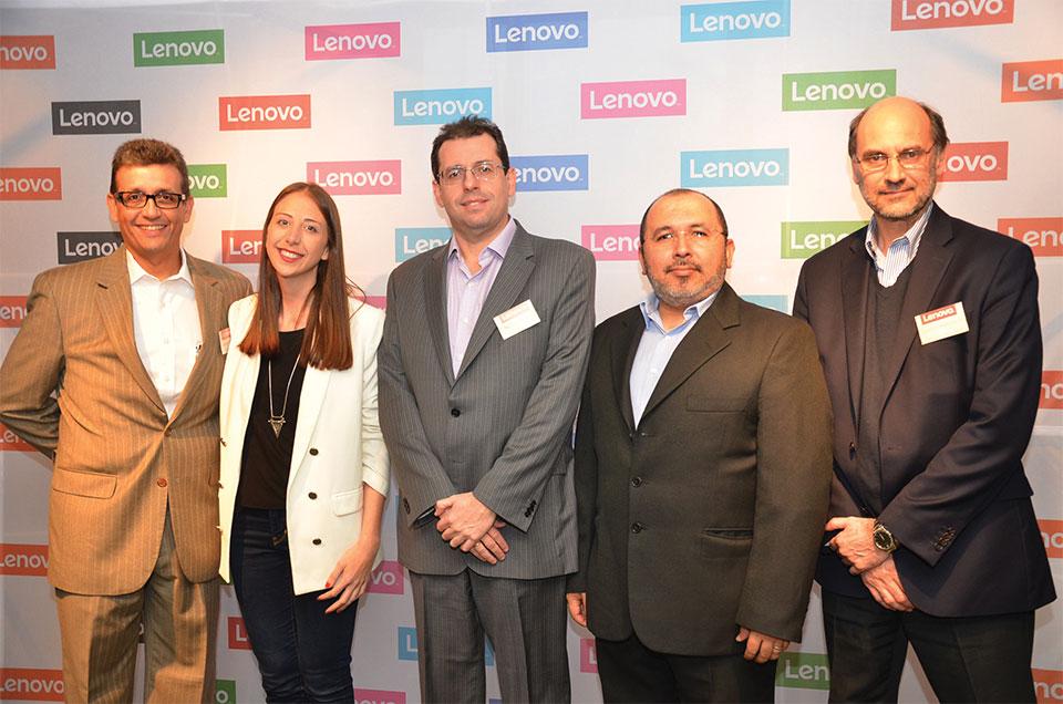 Lenovo Team. Lorenzo Rubín Napolitano, Dominique Carles, Nelson Pesce, Harold Blanco y Carlos Hebrero