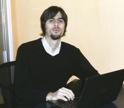 Leonardo Beltrame, PM de Licencias Originales.