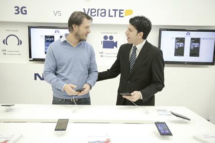 Marcos Nowak Gerente de Ventas Nokia y Marcelo Abreu Gte Segmentos Antel