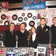 Foto Nacho Gadea y Bruno Nicolazzi de Sampler; Ana Clara Chirullo, Fernando y Marcelo Zaharriev de Compusyst