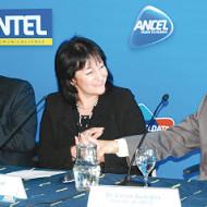 Planes comerciales de fibra optica al hogar de Antel