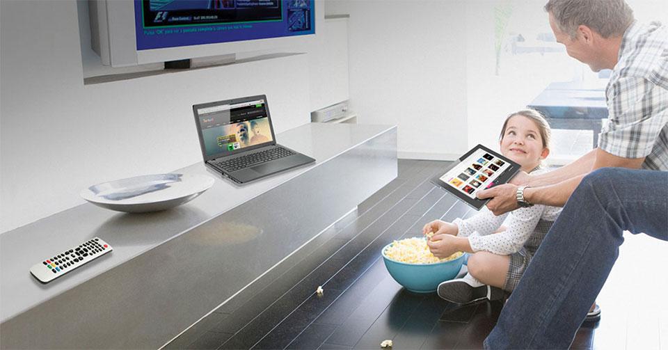 Triple Play (Internet, teléfono y televisión)