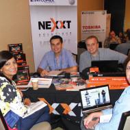 Foto Jorge Rojas de Nexxt Active, Bruno Mirabal de Nexxt Passive, Isabel de la Rocha de Cecomsa, Rep. Dom. y Adriana Ramírez de Intcomex
