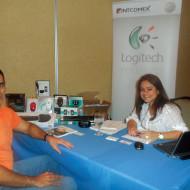 Foto Marcia Cruz de Logitech con Eduardo Ictech de ACOSA
